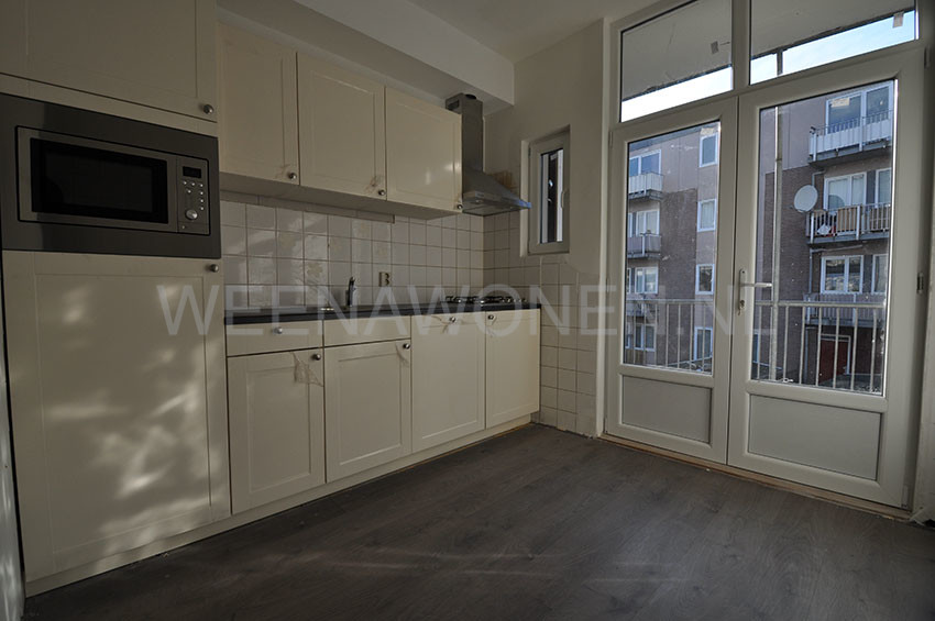 Apartment for rent offered on Grondherendijk  Rotterdam South with two bedrooms.