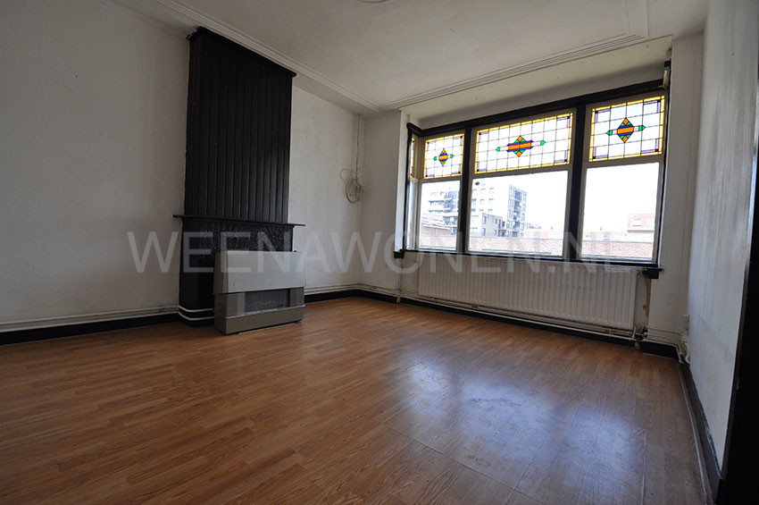 A nice five rooms house for rent on the Frederikstraat in Rotterdam Crooswijk.