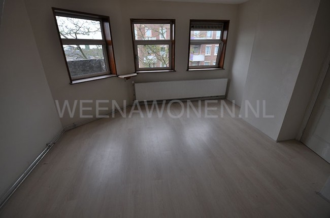 Studio for rent at the Riederlaan In Rotterdam Zuid.