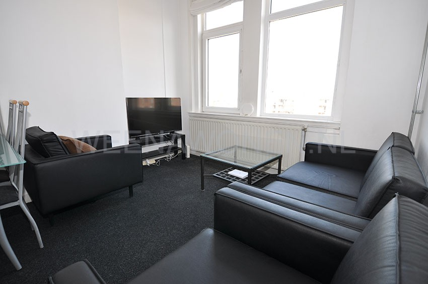 For rent 3 room apartment on the Marnixstraat in Rotterdam Crooswijk.